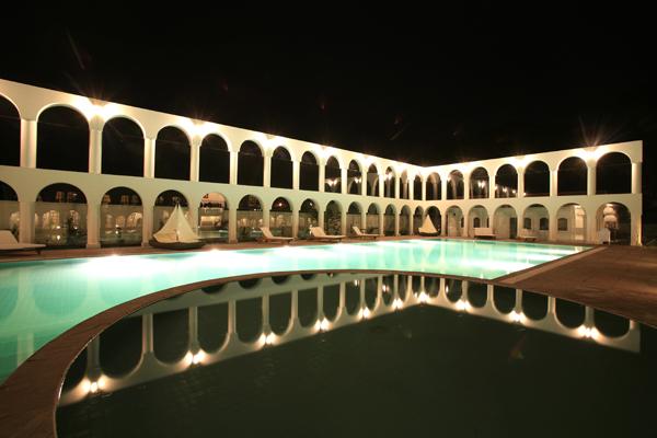 DM Andino Hotel Hacienda & Spa bei Nacht - La Paz
